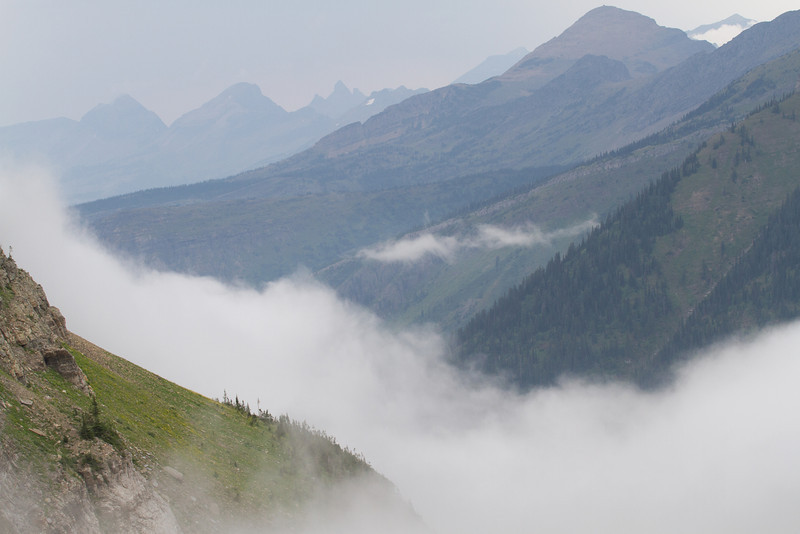 IMAGE: http://chrisnaude.smugmug.com/Hiking-And-Camping/Glacier-National-Park-2012/i-8CC9gVr/0/L/IMG3365-L.jpg